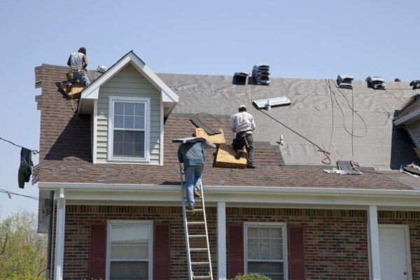 how-to-choose-a-residential-roofing-company